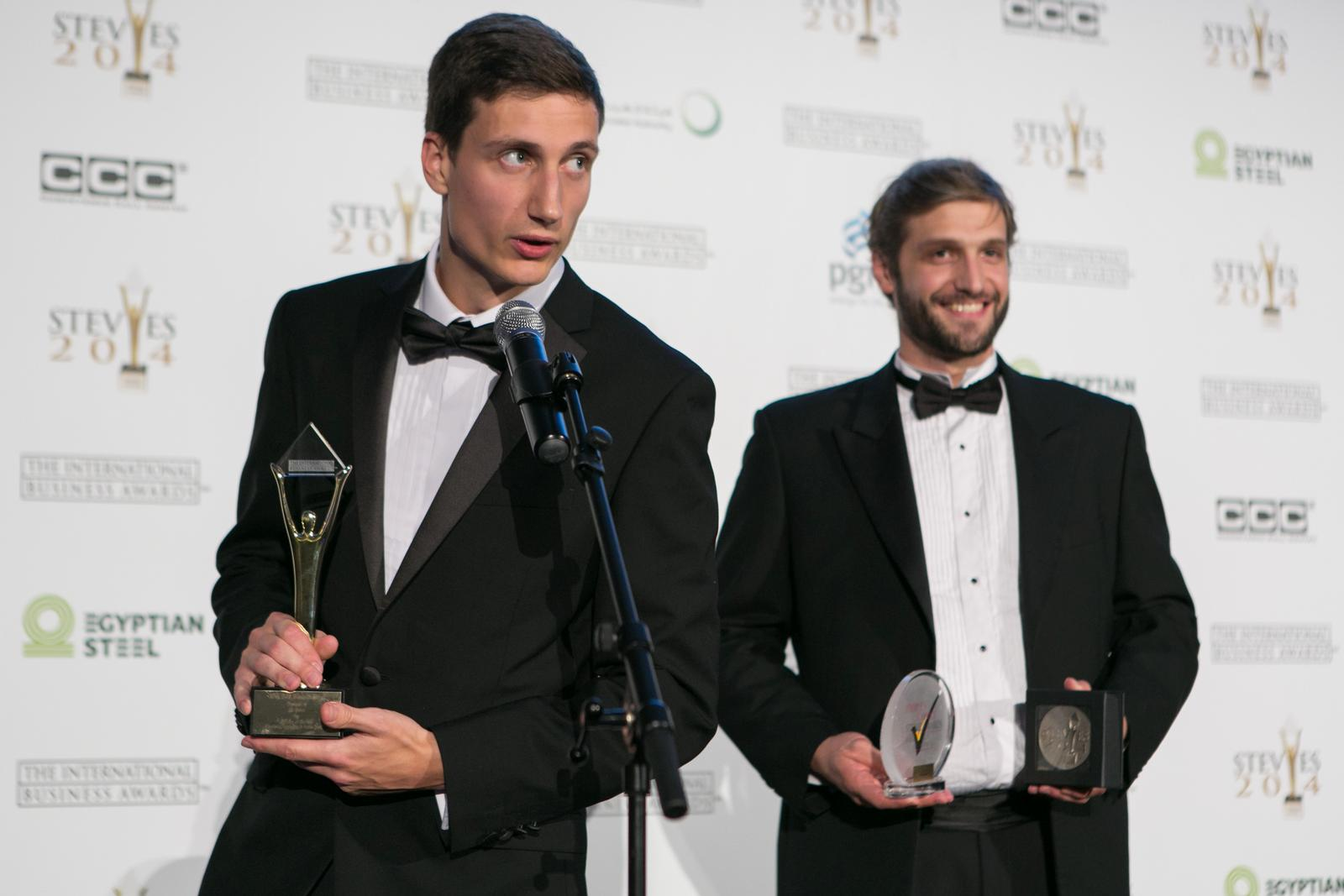 Stolze Gewinner des International Business Awards 2014